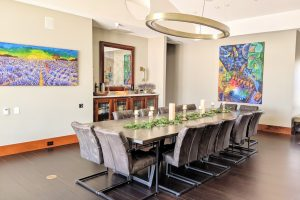 Beautiful Dining or Gathering Area