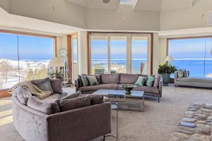 Expansive Windows with Panoramic Views