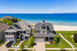 Expansive Views of Lake Michigan